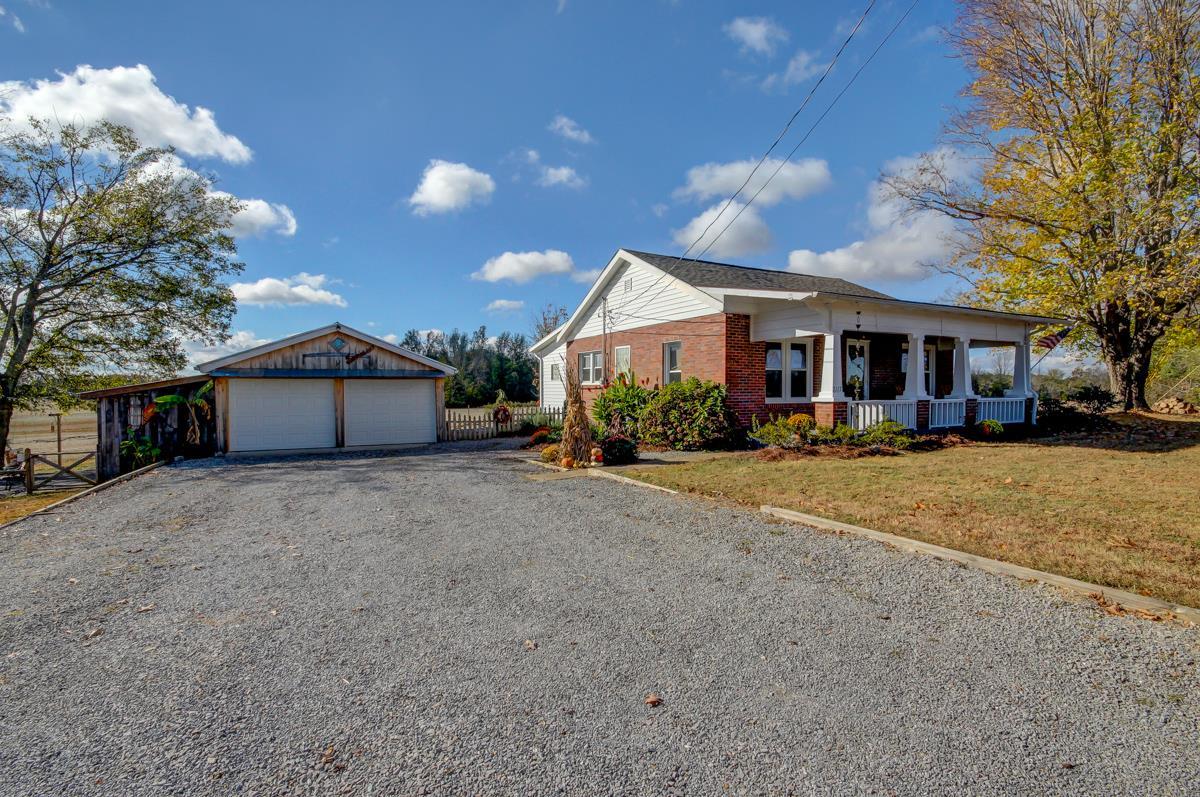 Photo of 2117 Oak Plains Rd  Ashland City  TN