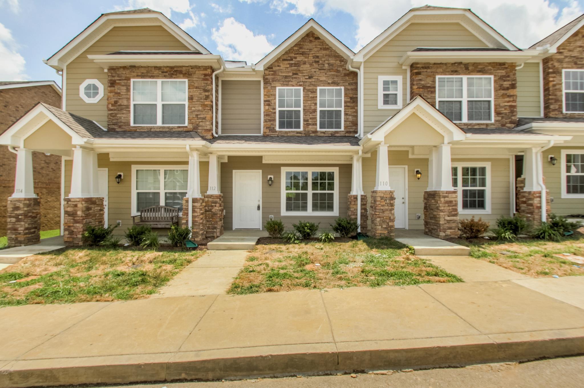 Photo of 133 Cobblestone Place Dr  Goodlettsville  TN