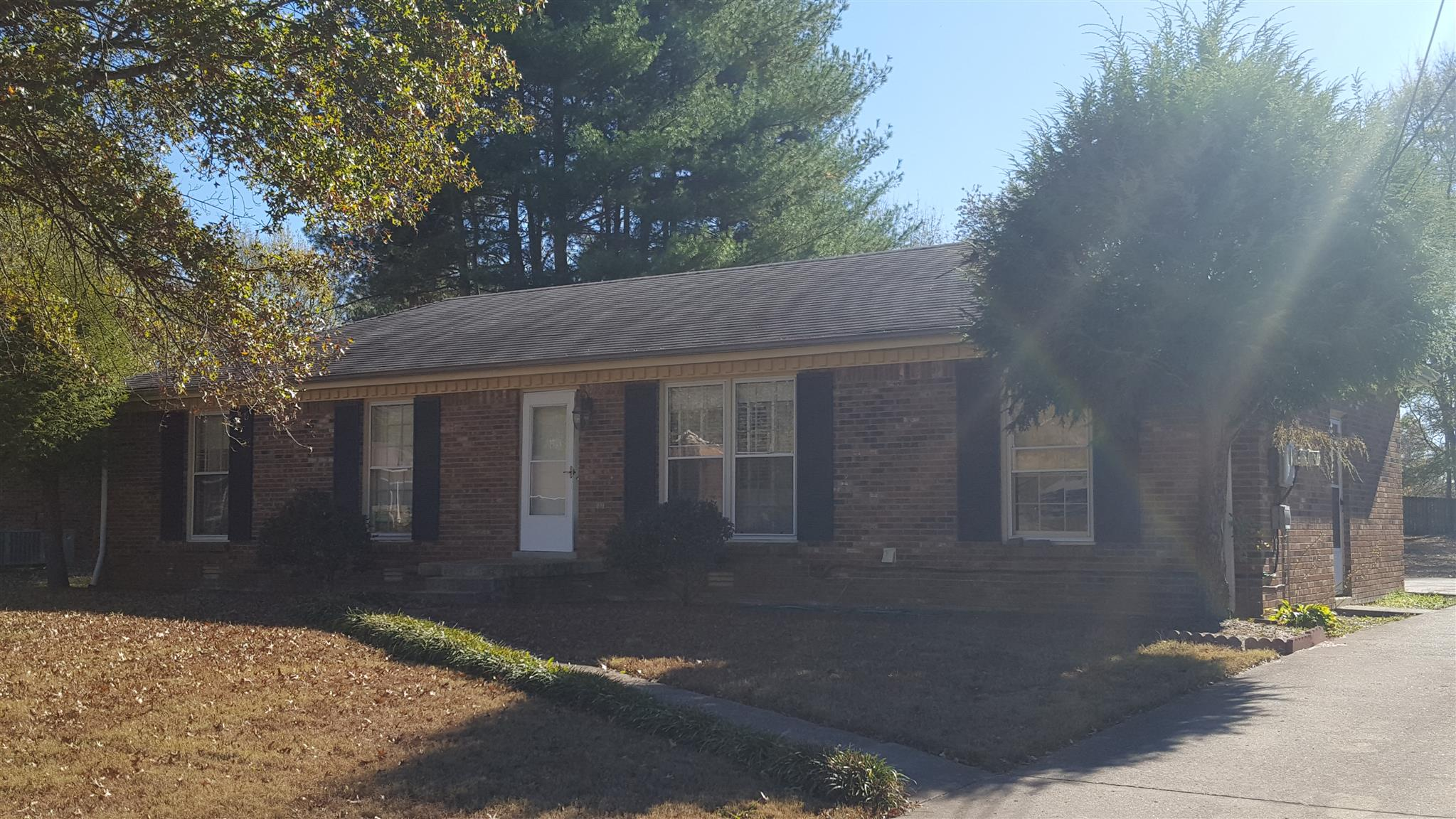 Photo of 330 Harold Dr  Clarksville  TN
