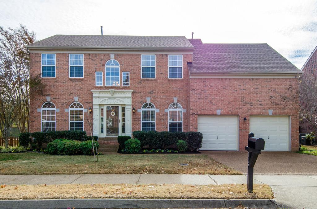 Photo of 107 Bluebell Way  Franklin  TN