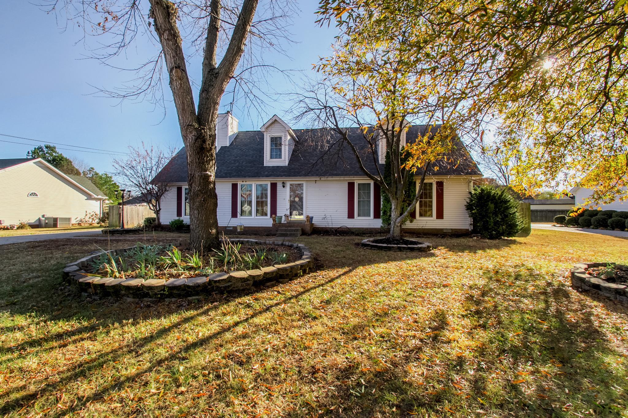1319 Cason Trl, Murfreesboro, TN 37128