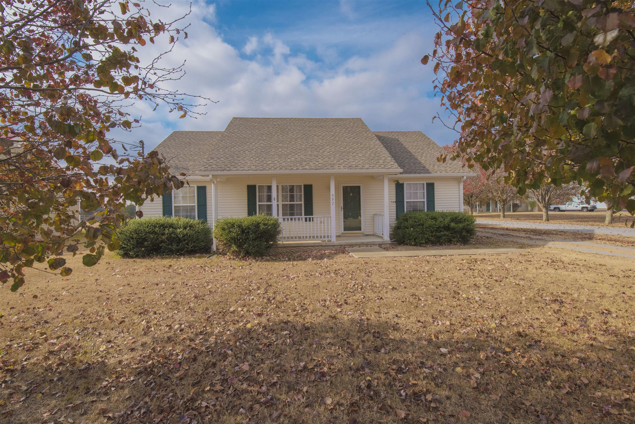 Photo of 692 Crescent Rd  Murfreesboro  TN