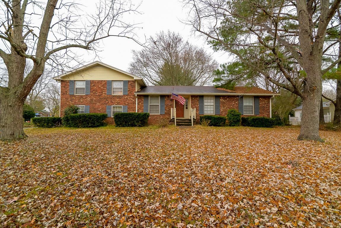 Photo of 169 Wessington Pl  Hendersonville  TN