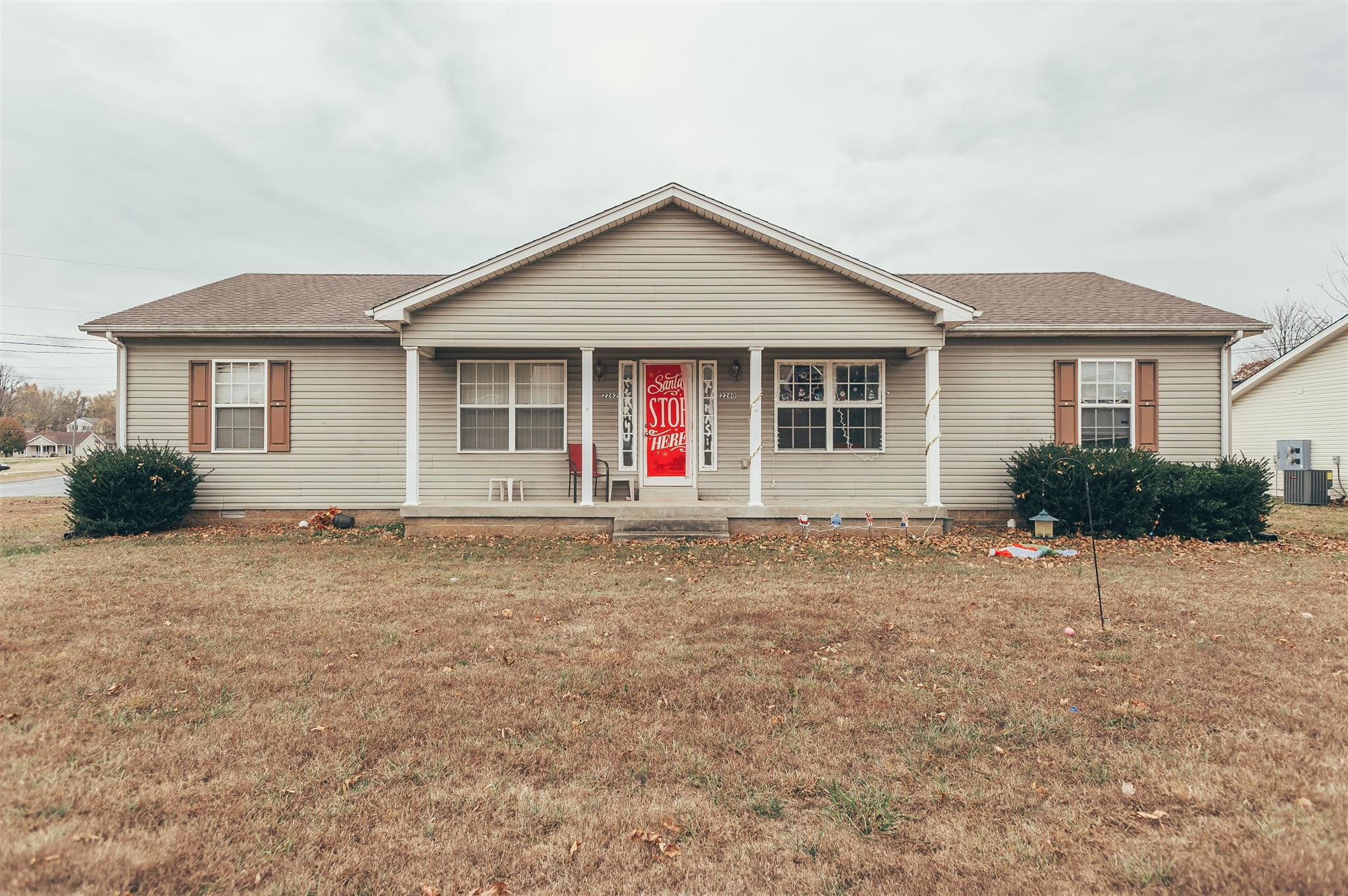2260 17th Ave E, Springfield, TN 37172