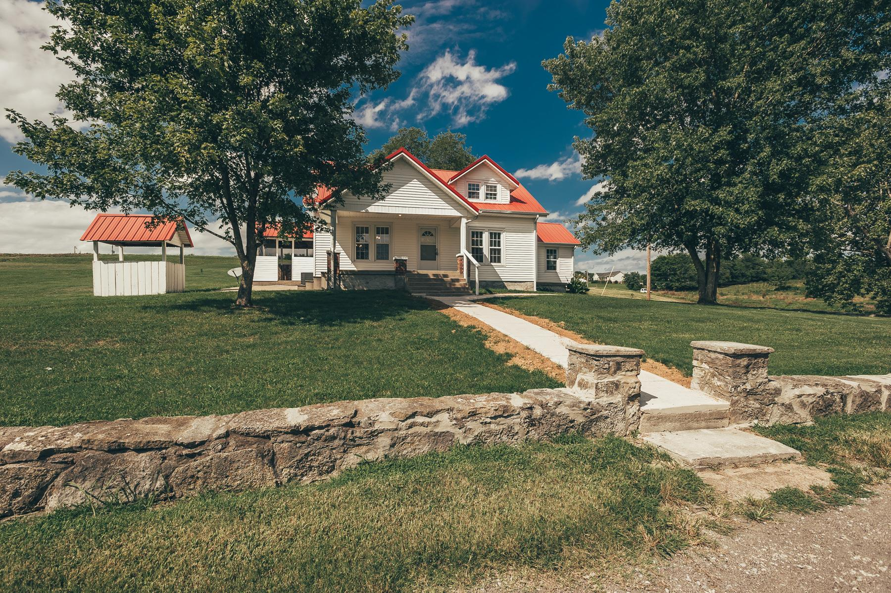 Photo of 1075 Littleton Ranch Rd  Castalian Springs  TN