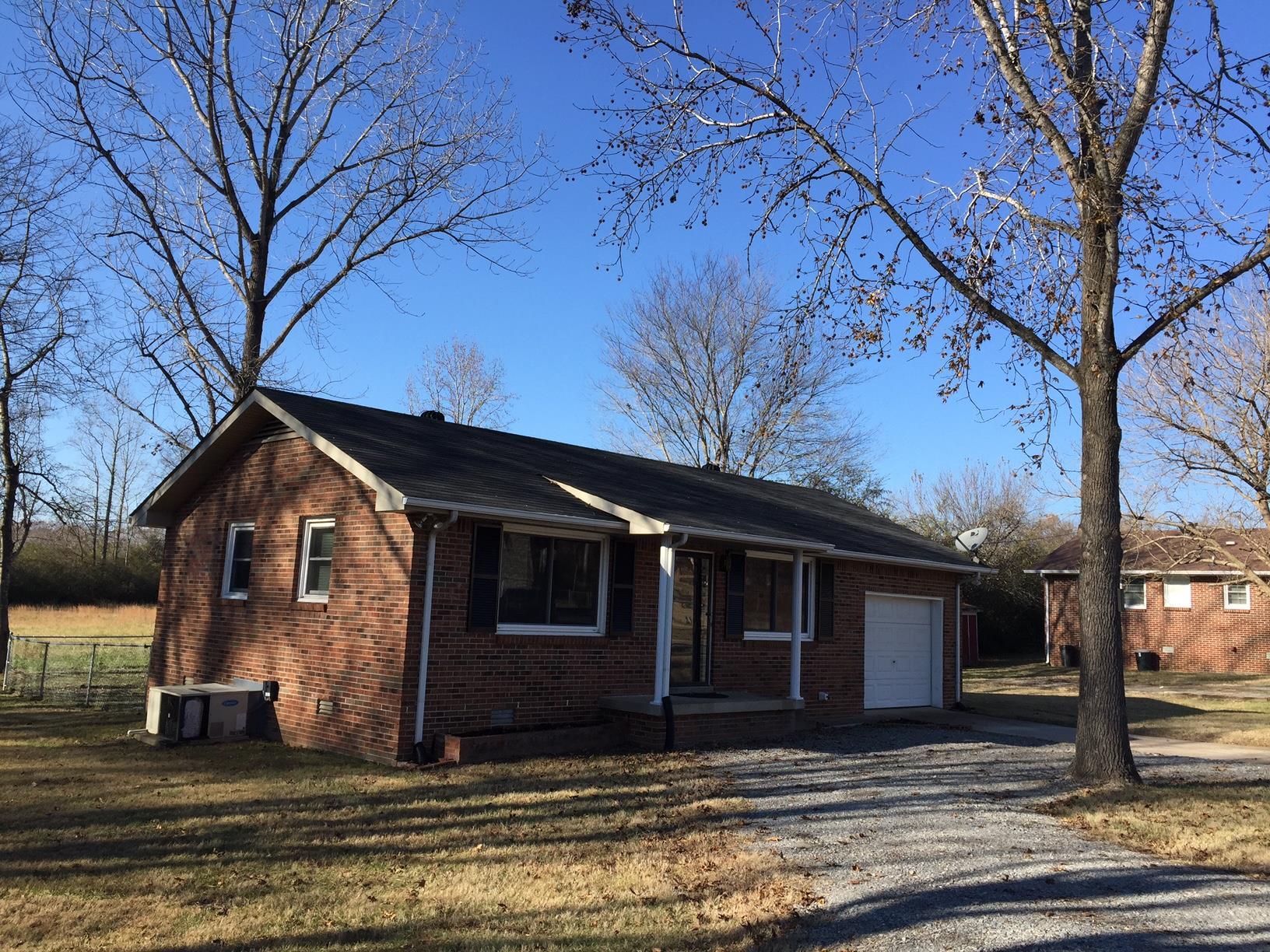 Photo of 7104 Cobb Cir  Fairview  TN