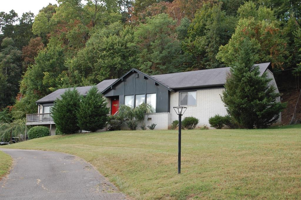 Photo of 1227 Saxon Dr  Nashville  TN