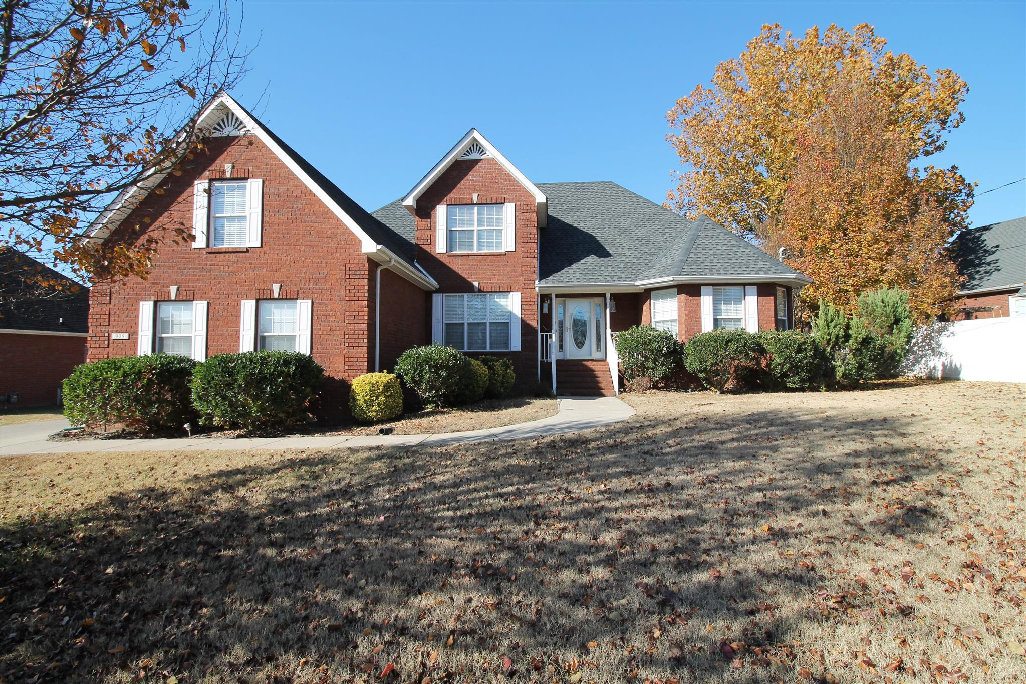 909 Stewart Valley Dr, Smyrna, TN 37167
