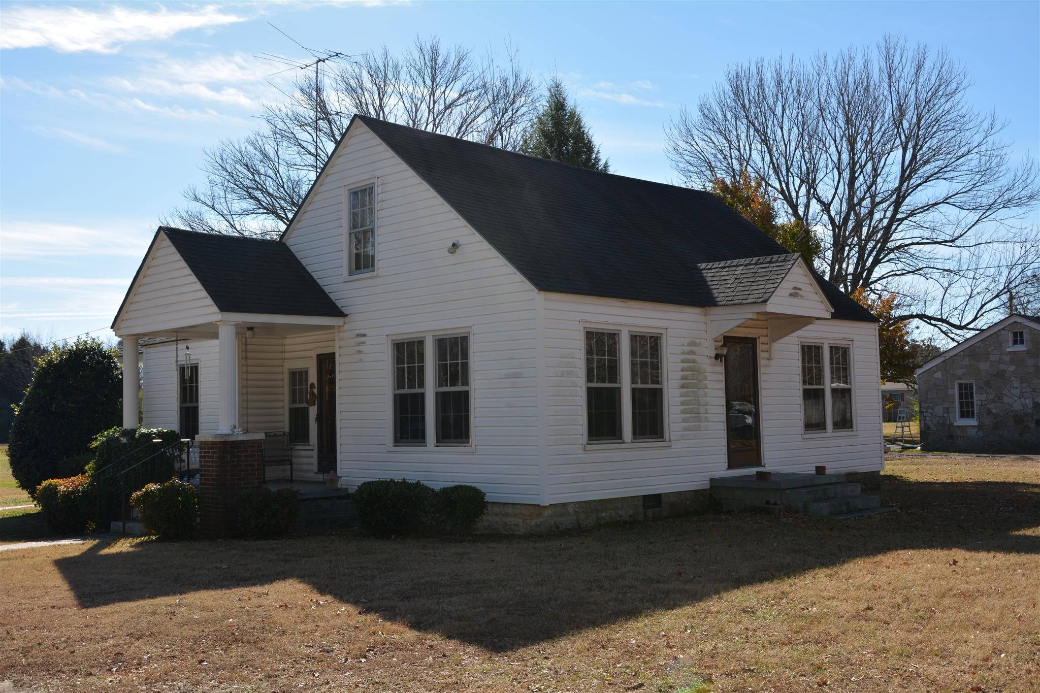 Photo of 1503 Lincoln West St W  Tullahoma  TN