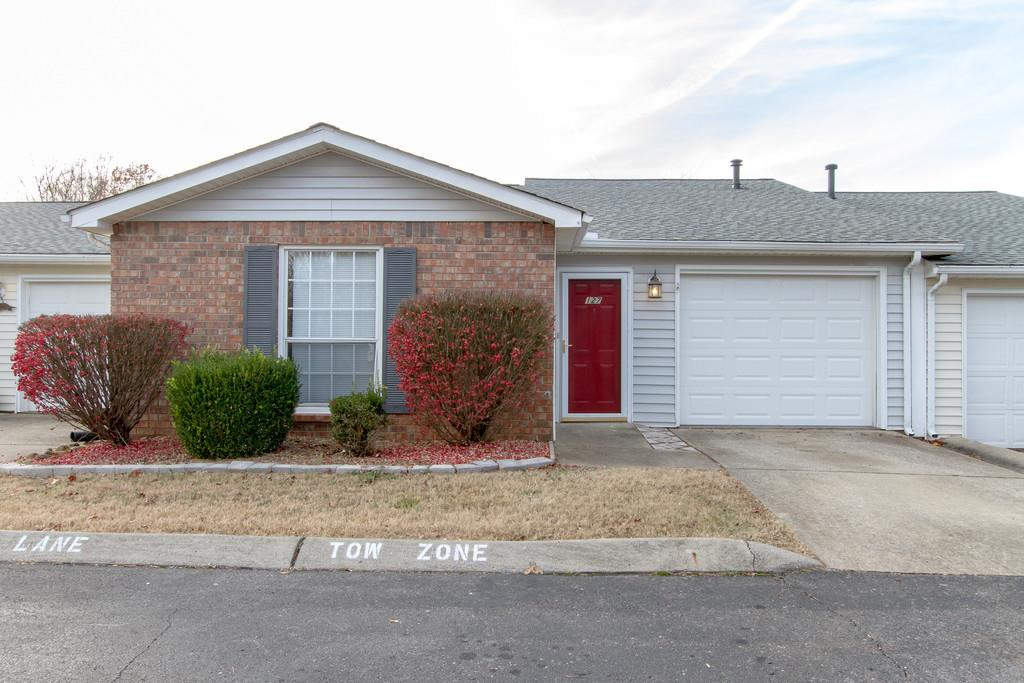 Photo of 127 Pepper Grove Cv  Springfield  TN