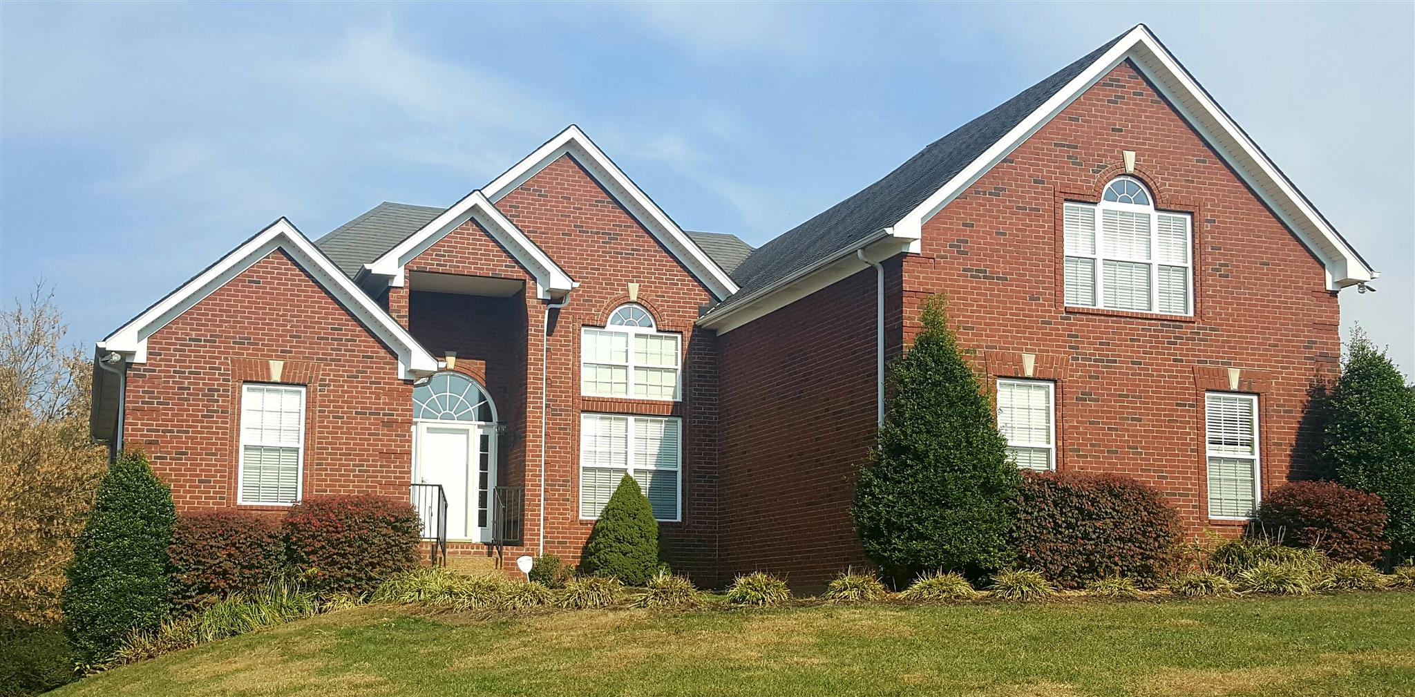 Photo of 129 N Wynridge Way  Goodlettsville  TN