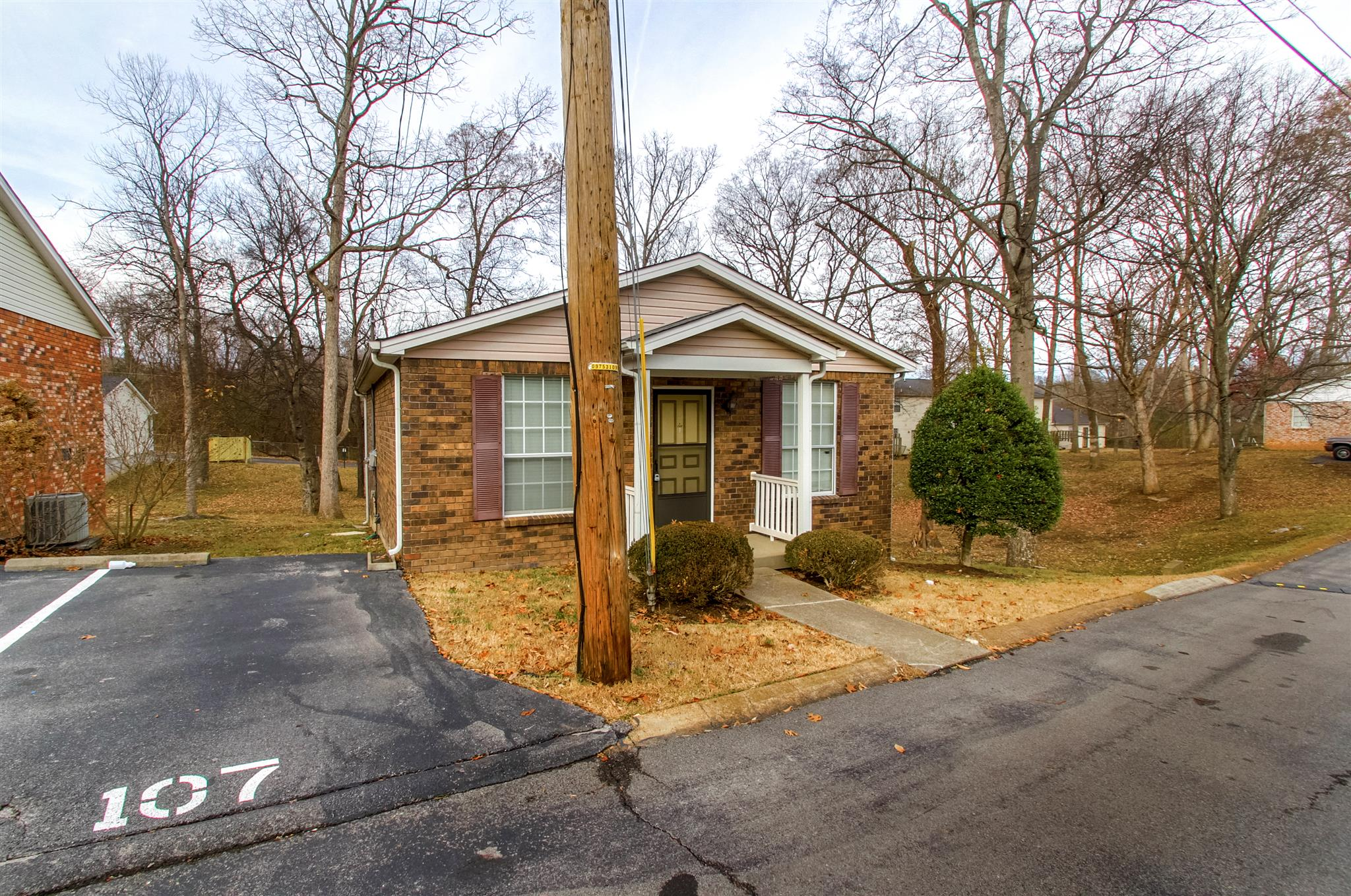 Photo of 107 Five Oaks  Nashville  TN