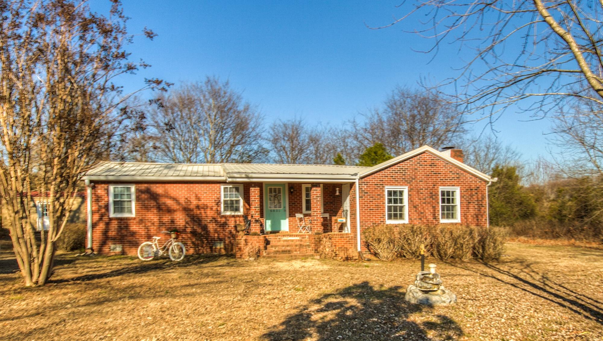 Photo of 6831 GLENN LANE  COLLEGE GROVE  TN