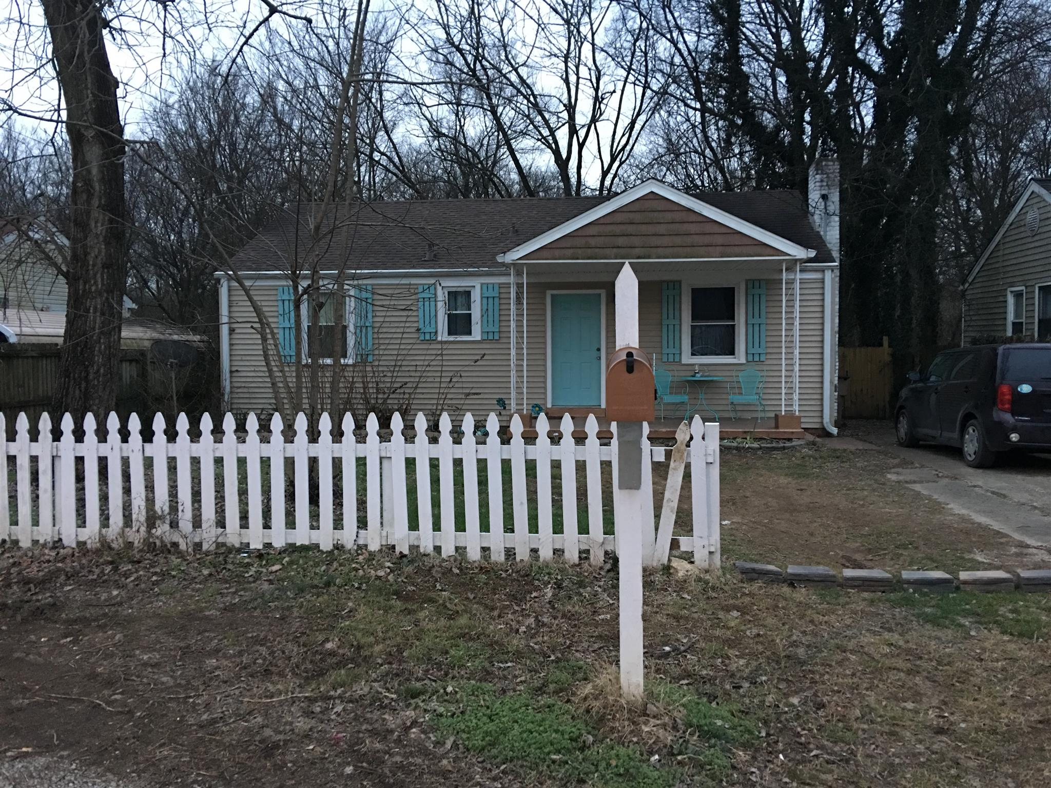 Photo of 5807 Couch Dr  Nashville  TN