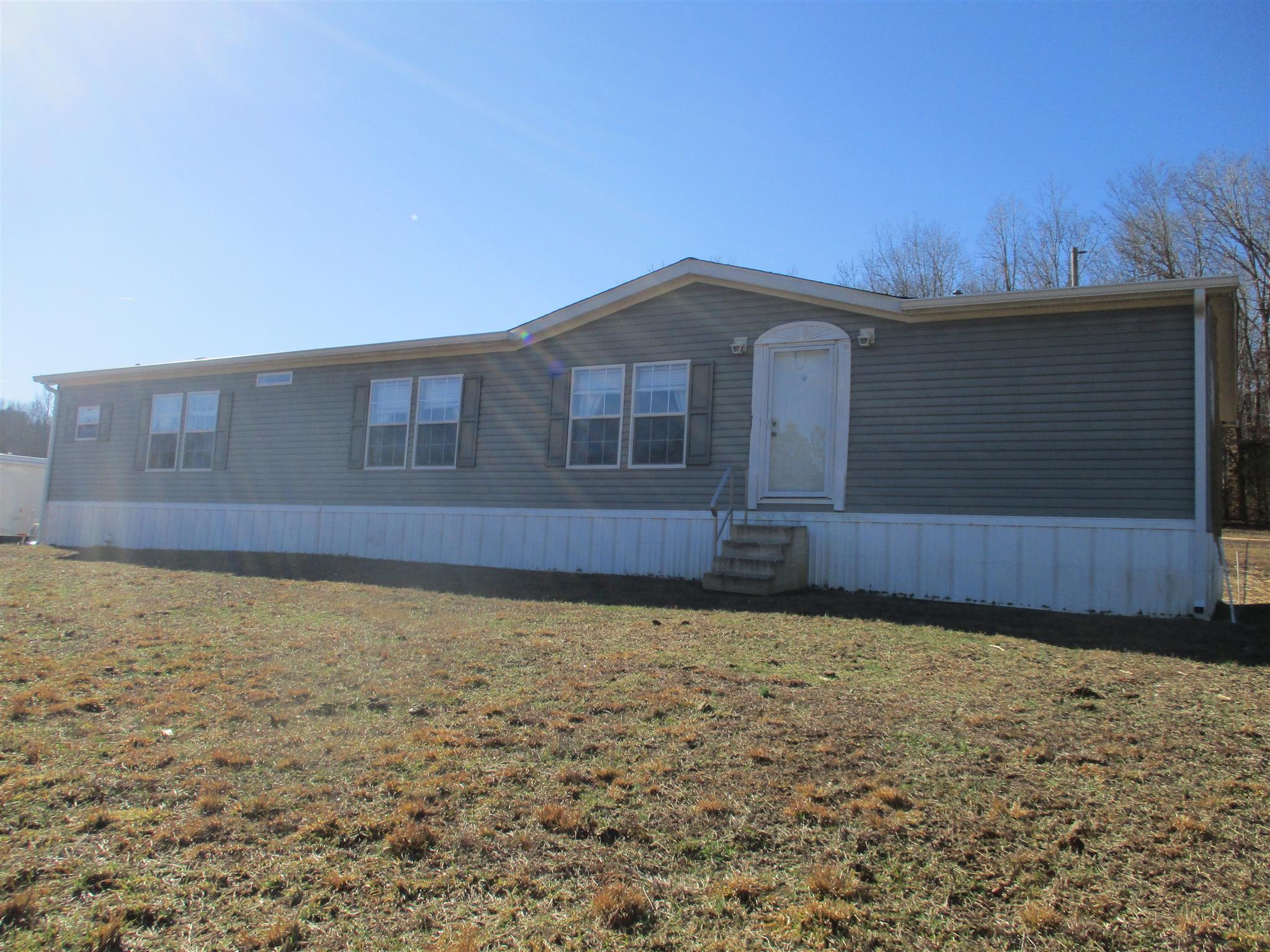 Photo of 9 Cecil Dixon  Waynesboro  TN