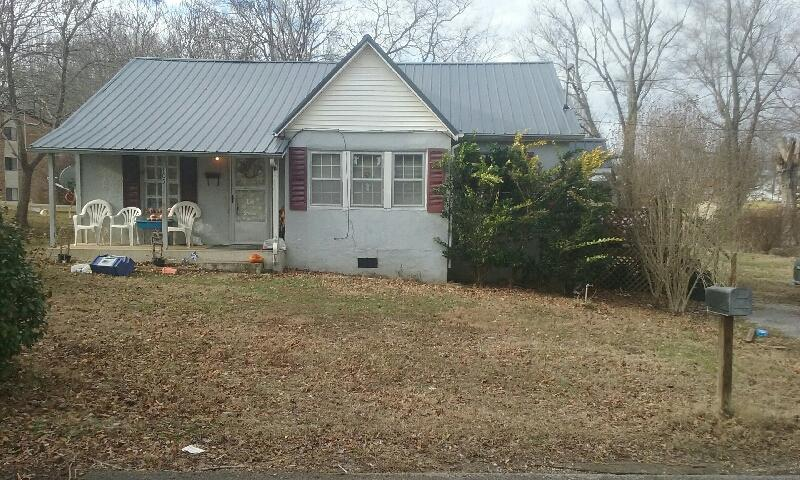 Photo of 105 Woodland Dr  McMinnville  TN