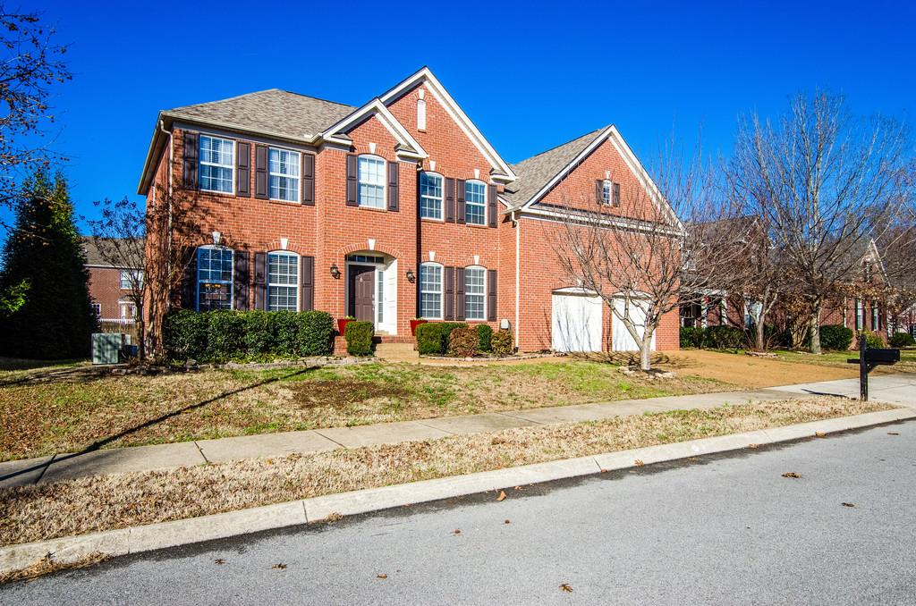Photo of 409 Strathmore Dr  Franklin  TN
