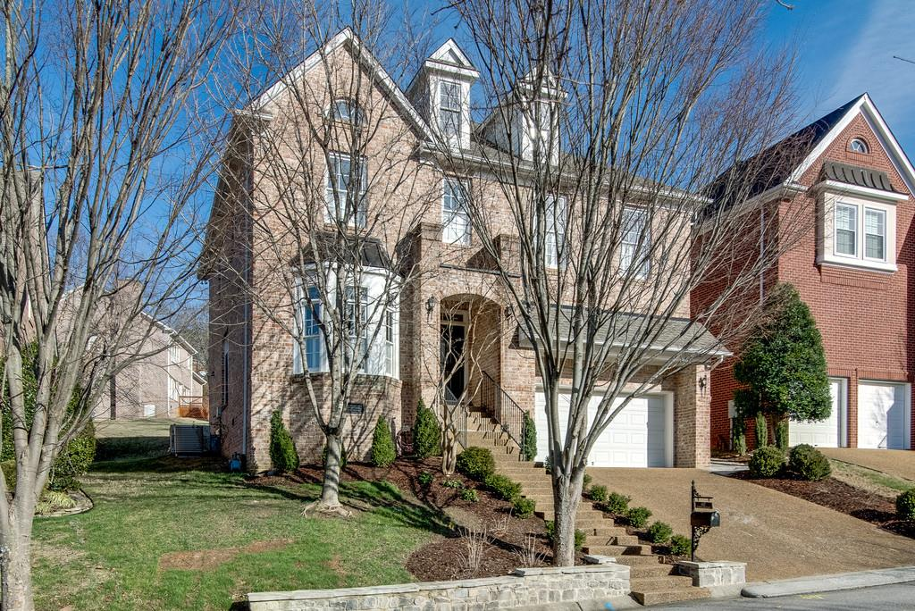 Photo of 437 Cumberland Pl  Nashville  TN