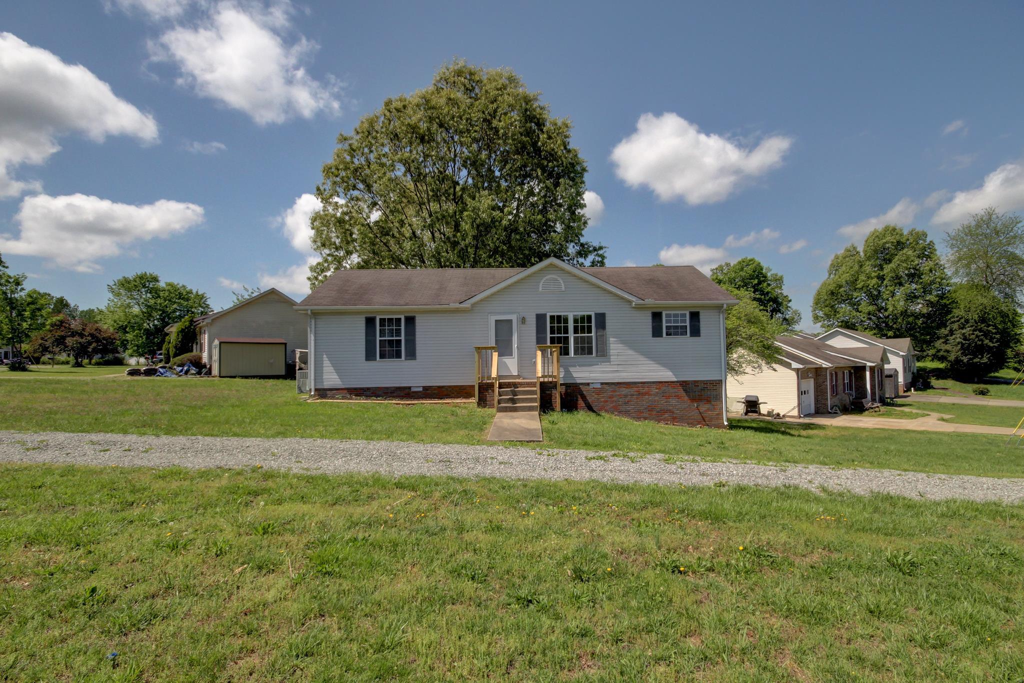 435 Carter Rd, Clarksville, TN 37042