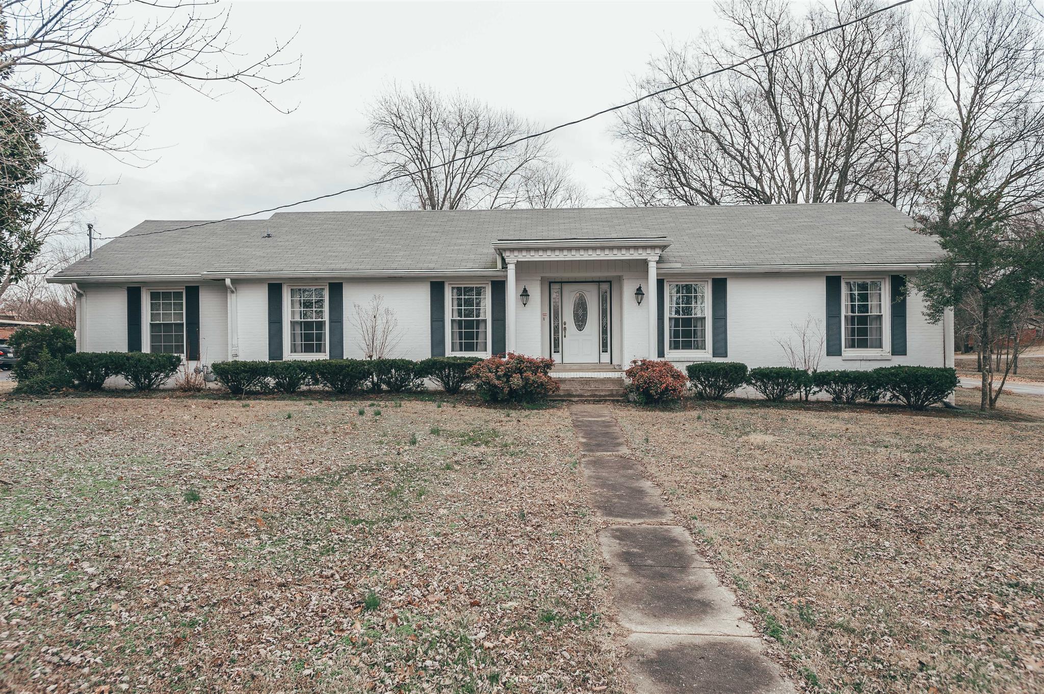 848 Britton Ave, Gallatin, TN 37066