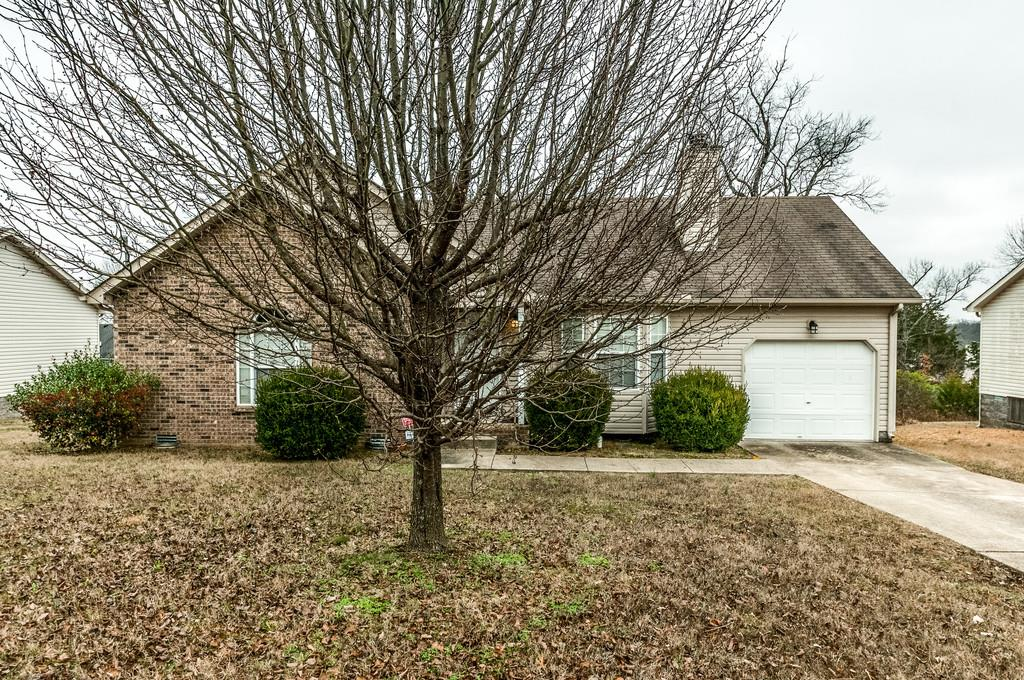 Photo of 1427 Tuffnell Dr  LaVergne  TN