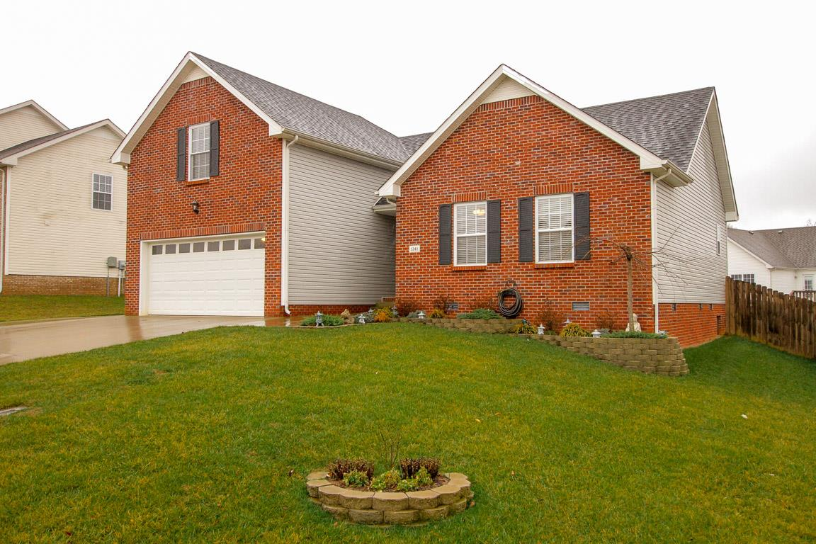 1240 Fossil Dr, Clarksville in Montgomery County County, TN 37040 Home for Sale