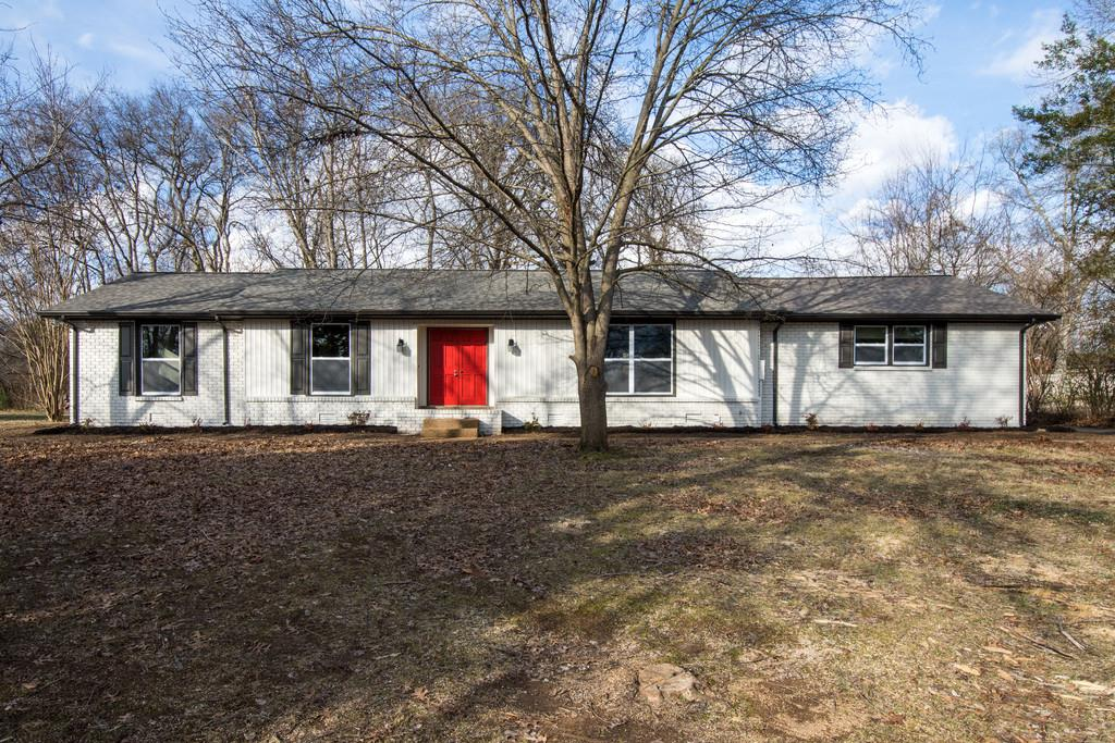 Photo of 1042 Woodmont Dr  Gallatin  TN