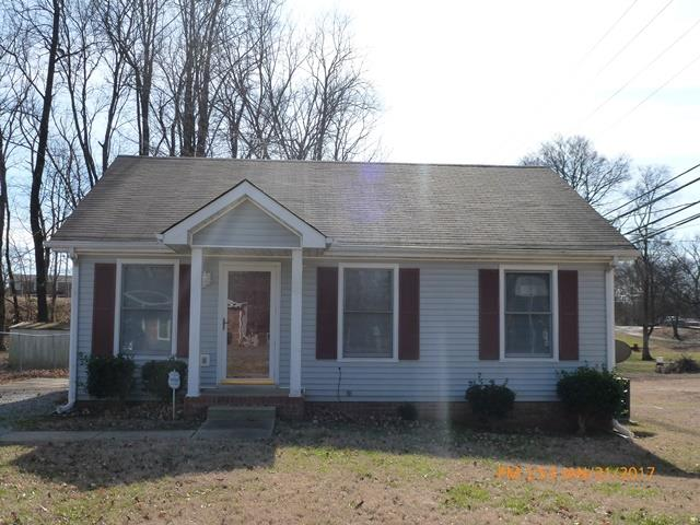 Photo of 139 E St  Clarksville  TN