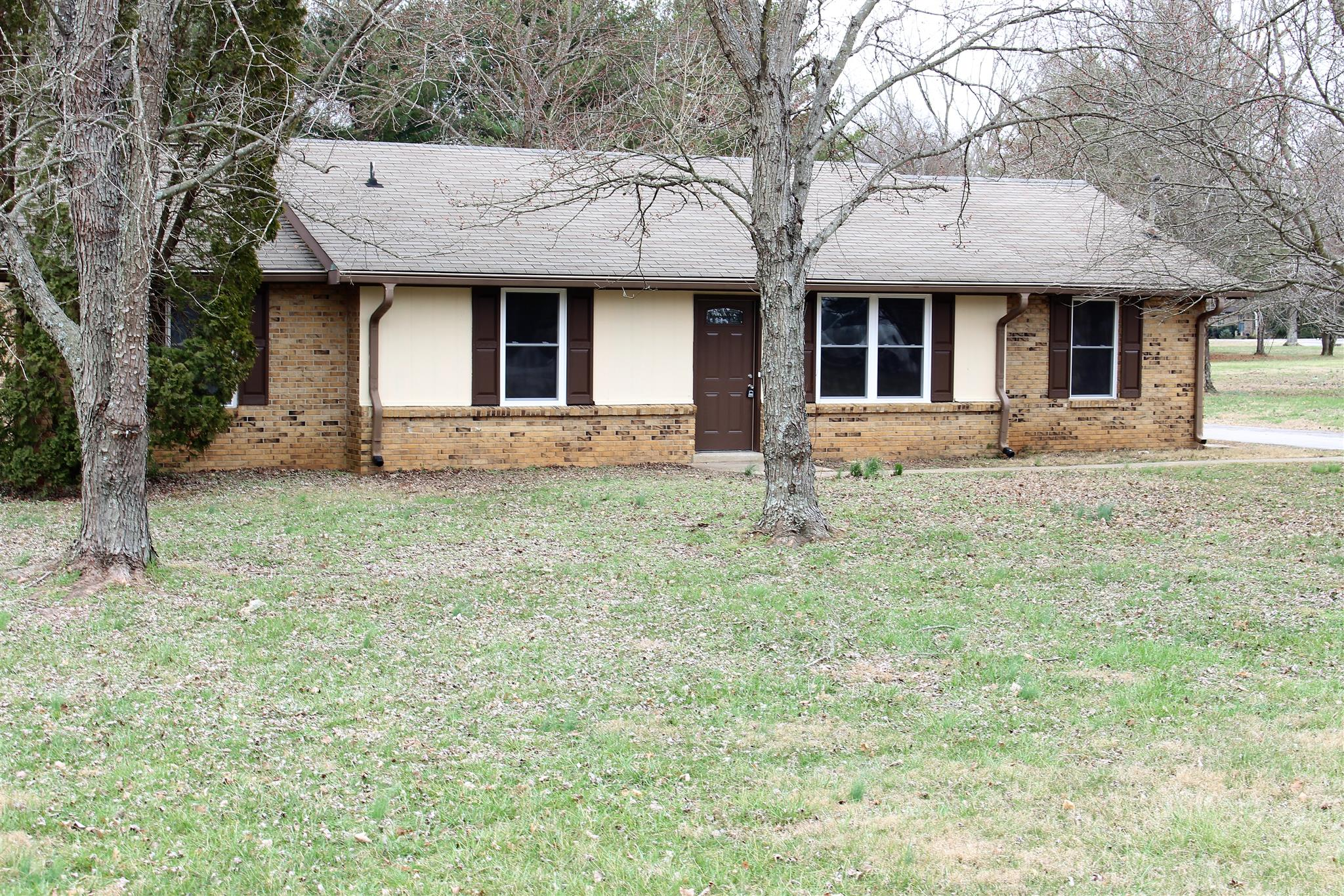 Photo of 102 Valley View Dr  Smyrna  TN