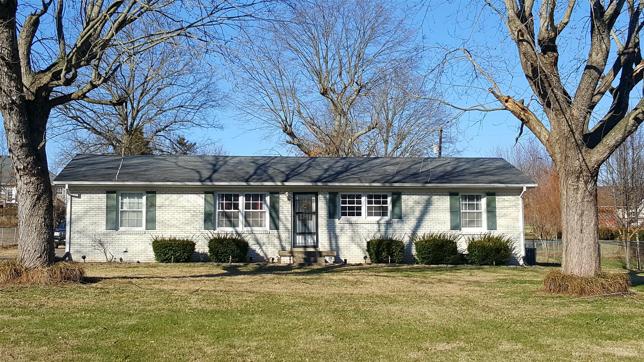 Photo of 224 Staggs Dr  Portland  TN