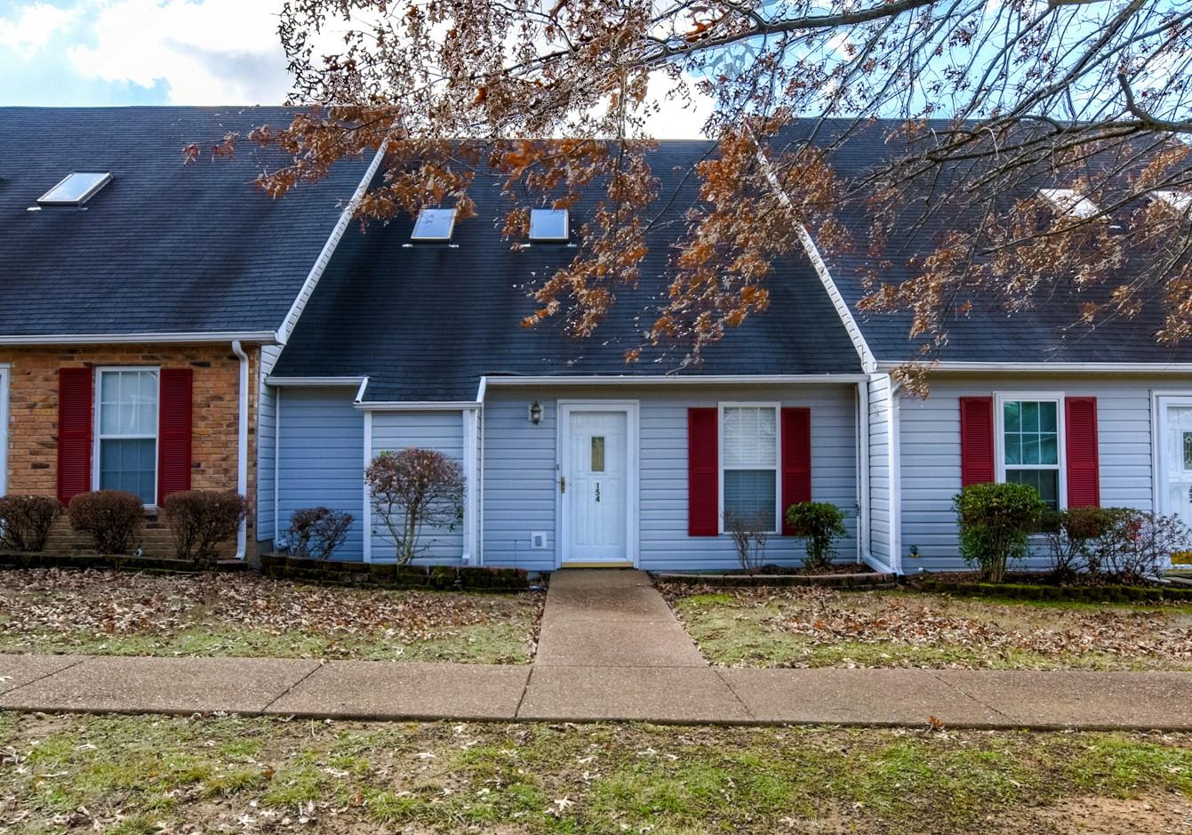 Photo of 154 Lake Chateau Dr  Hermitage  TN