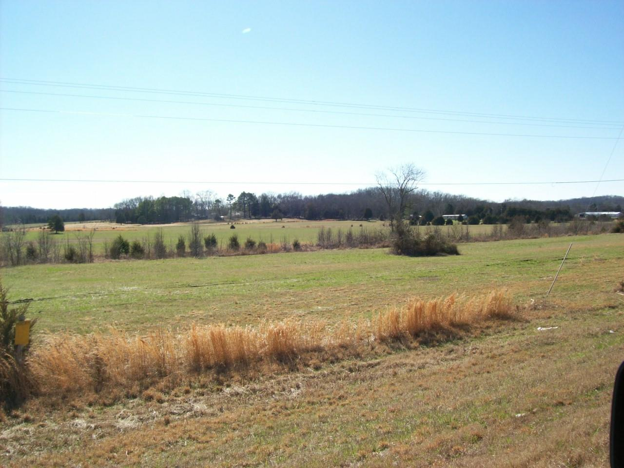 2571 New Columbia Hwy Lewisburg, TN 37091