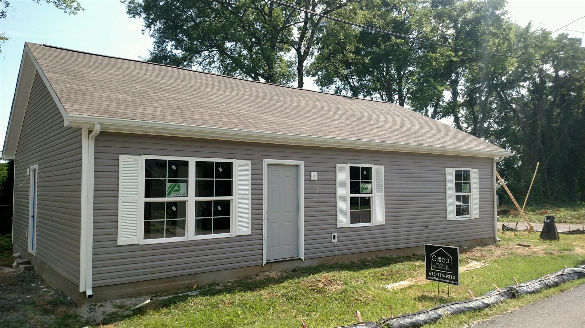 402 Vaughn St, Murfreesboro, TN 37130