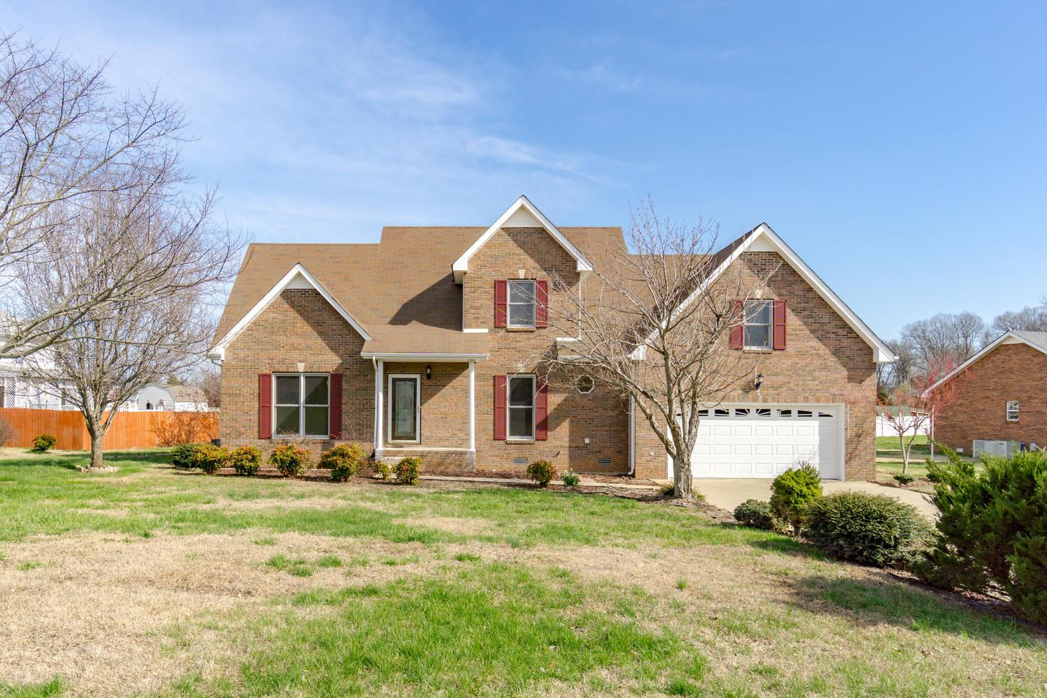 Photo of 2750 Shepherds Ct  Woodlawn  TN