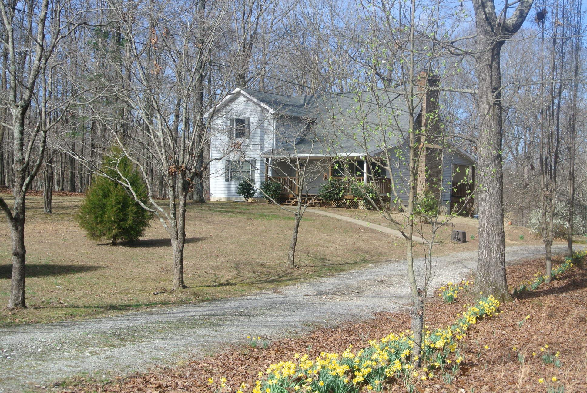 Photo of 1589 HAYNES ROAD  WOODLAWN  TN