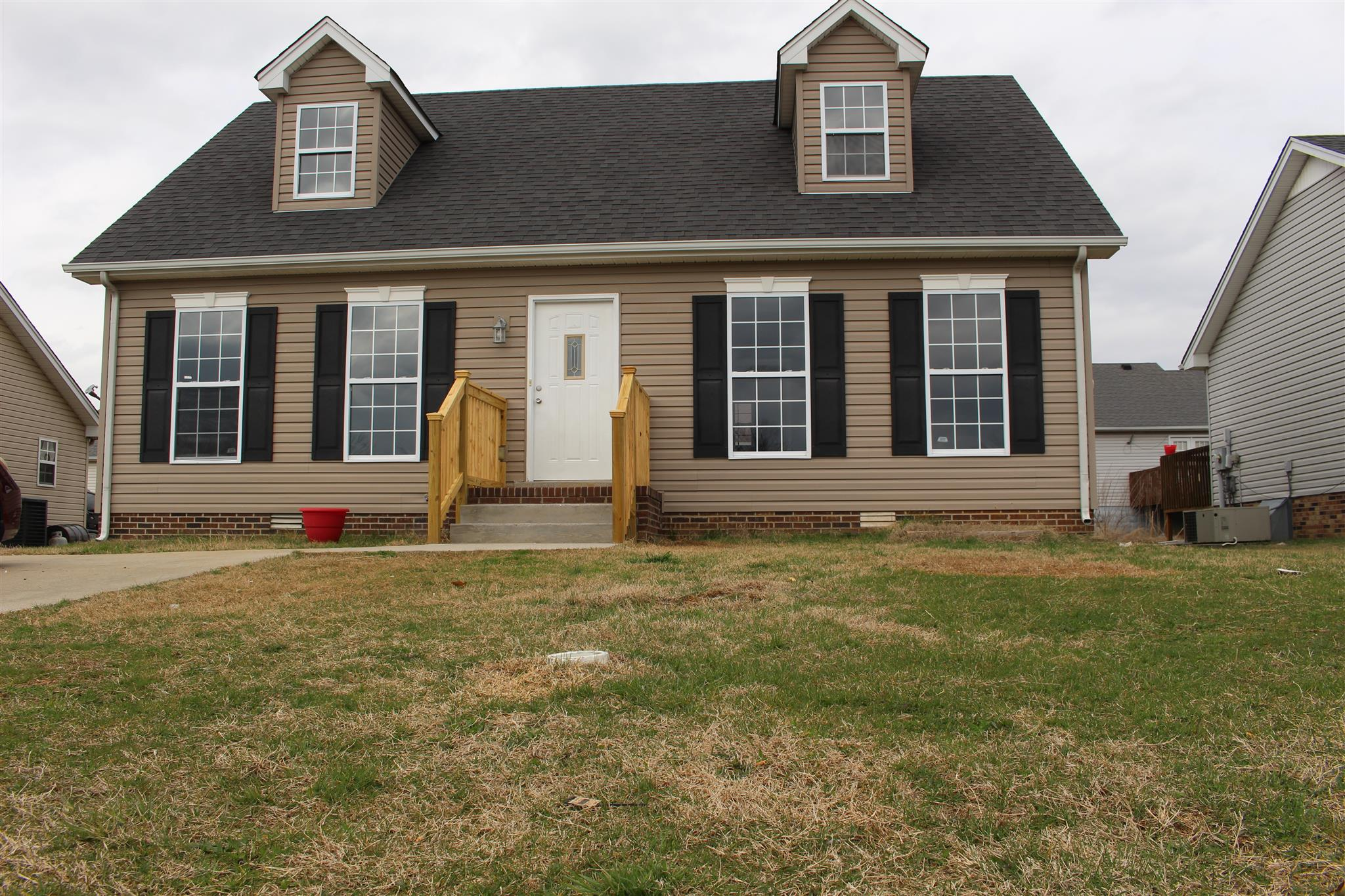 Photo of 723 Shelby Lynn drive  Springfield  TN