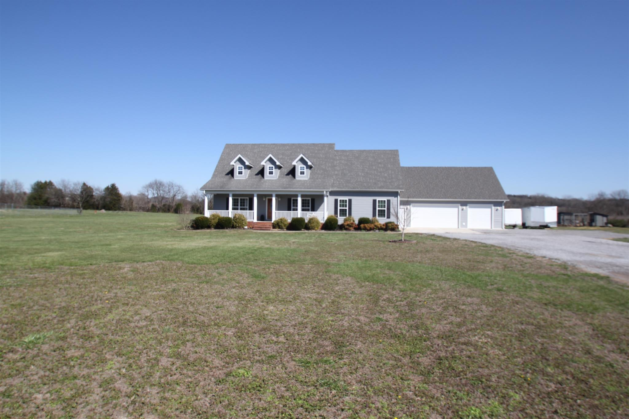 125 Country Estates Rd, Bell Buckle, TN 37020
