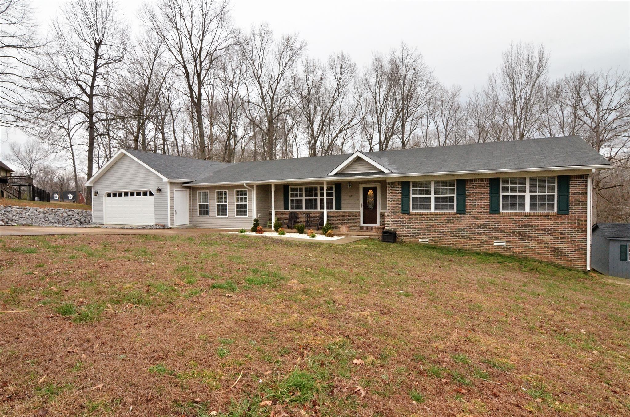 Photo of 105 Squirrel Dr  Dover  TN