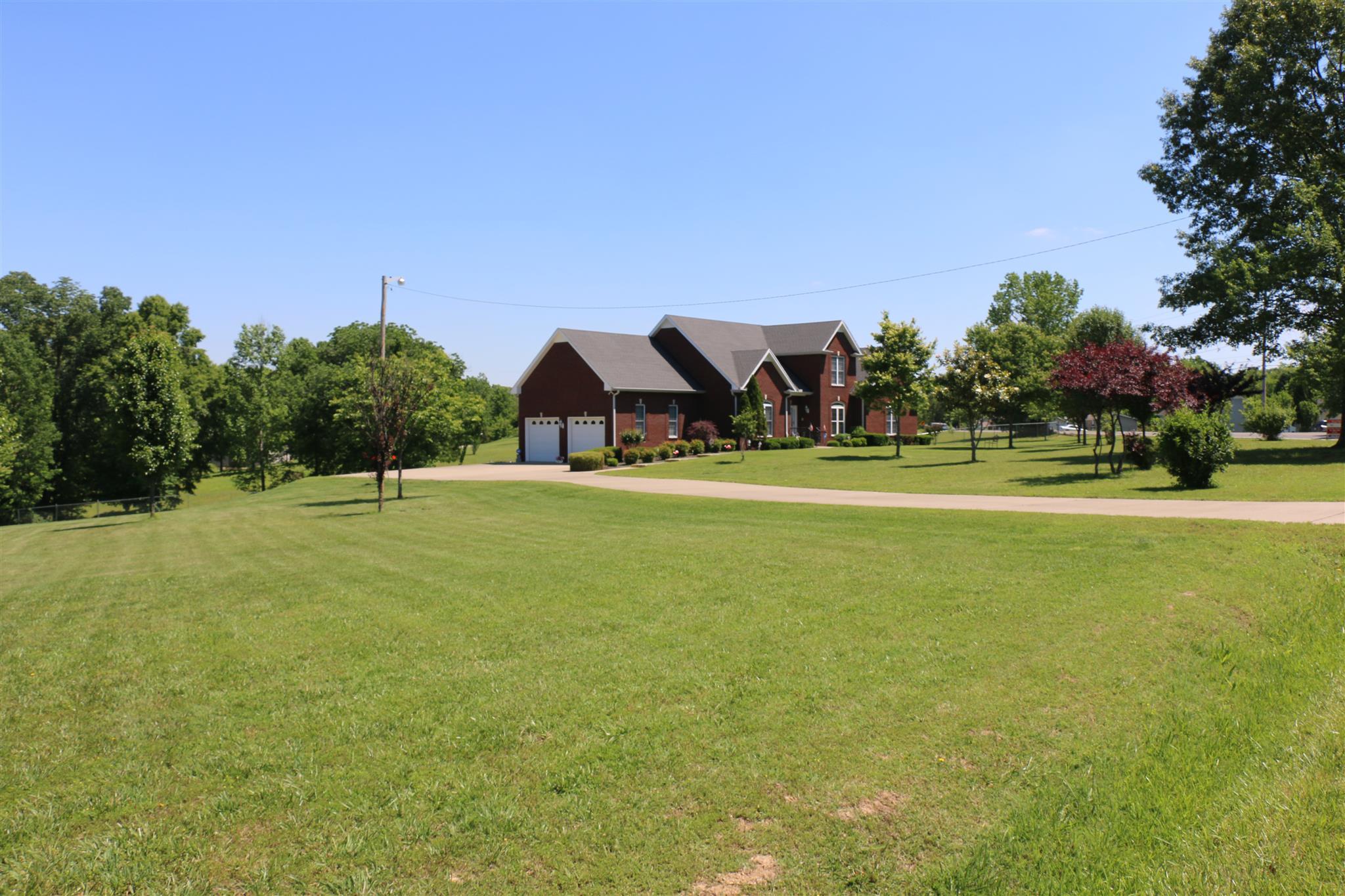 2080 Oak Plains Rd, Ashland City, TN 37015