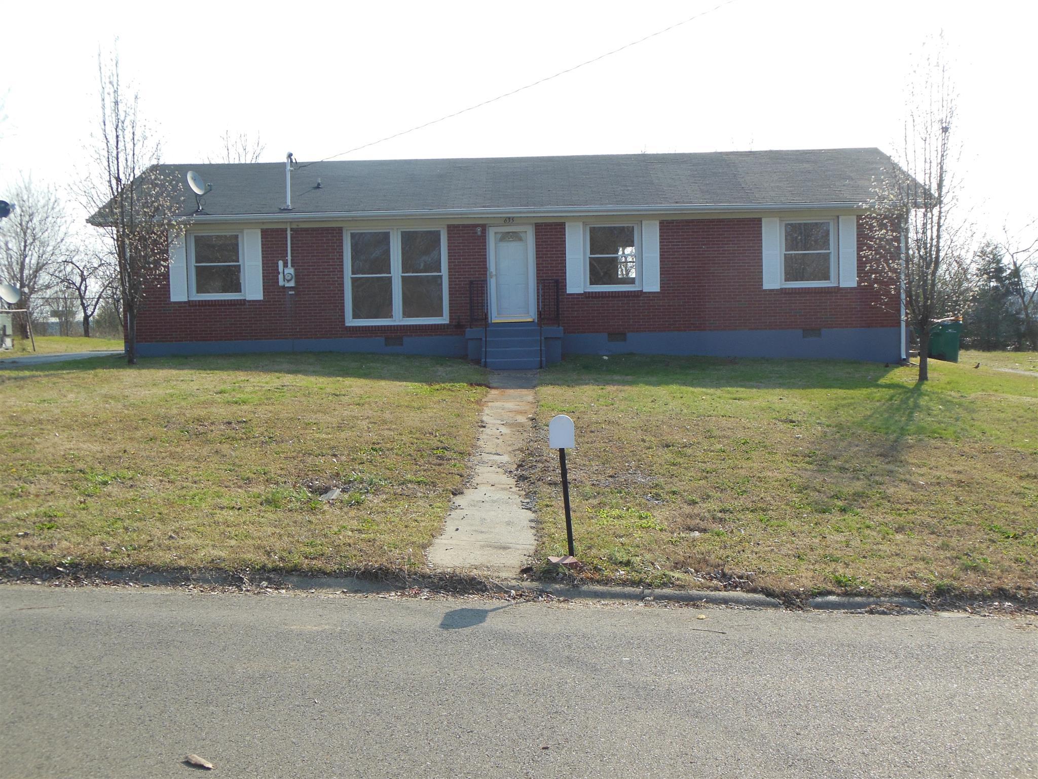 Photo of 635 Douglas Ave  Lewisburg  TN