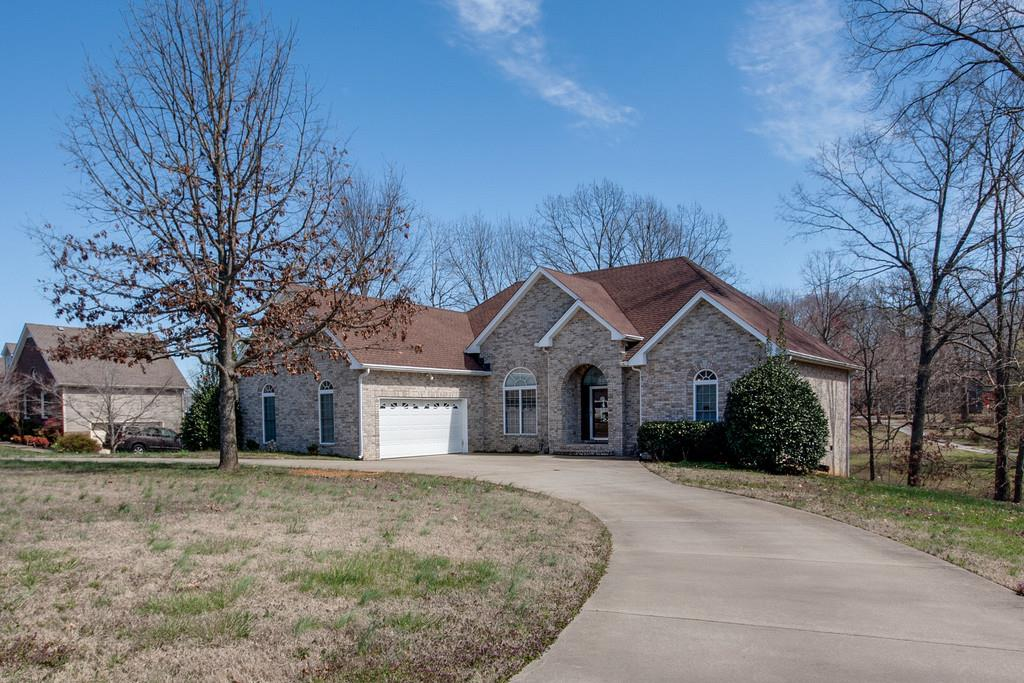 2600 Derby Run Rd, Springfield, TN 37172