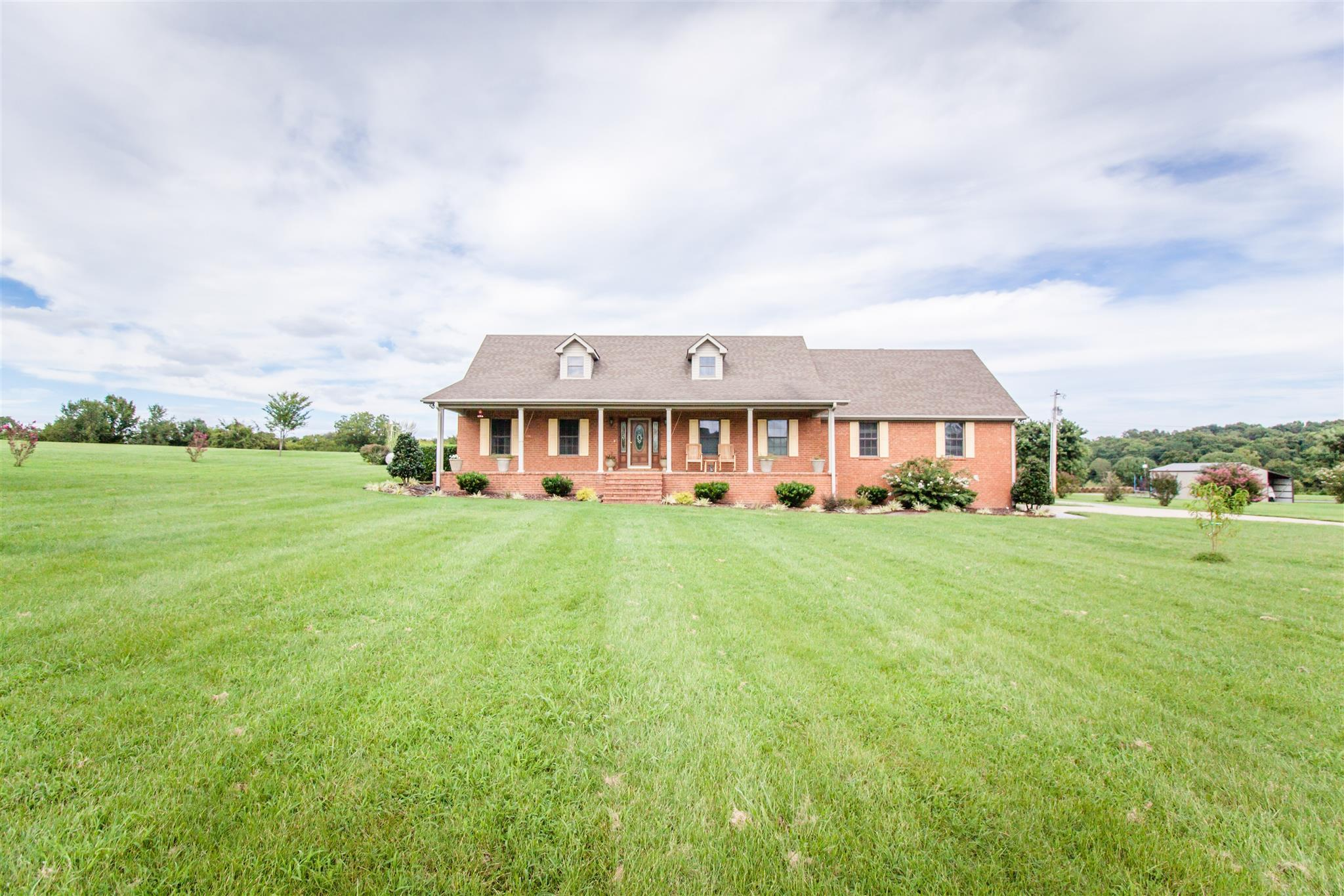 3691 Linwood Rd, Watertown, TN 37184