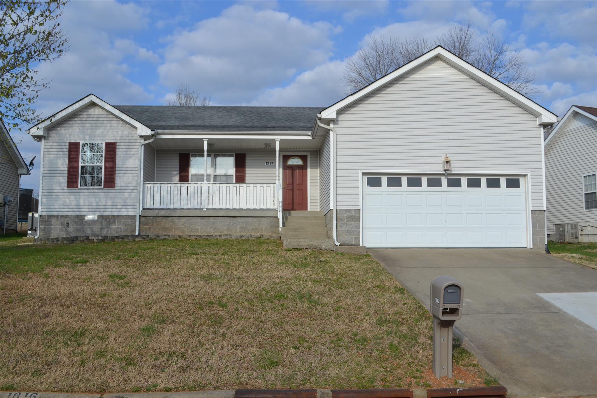 1816 Northwind Dr, Clarksville, TN 37042