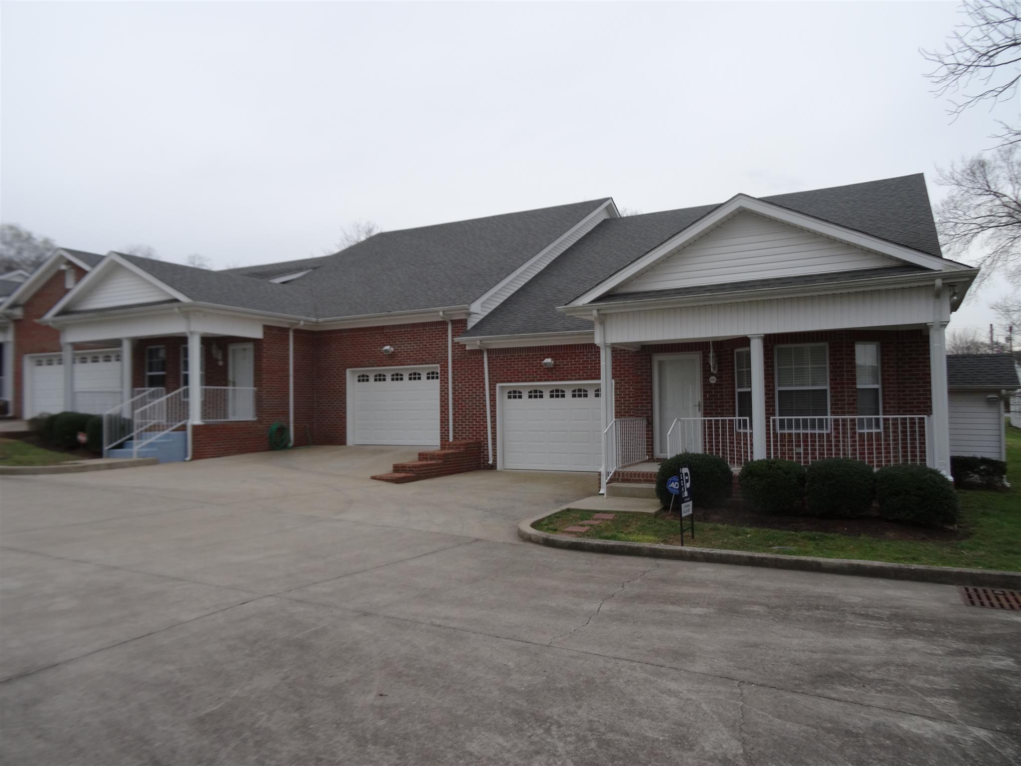 Photo of 2321 Oak St  Ashland City  TN