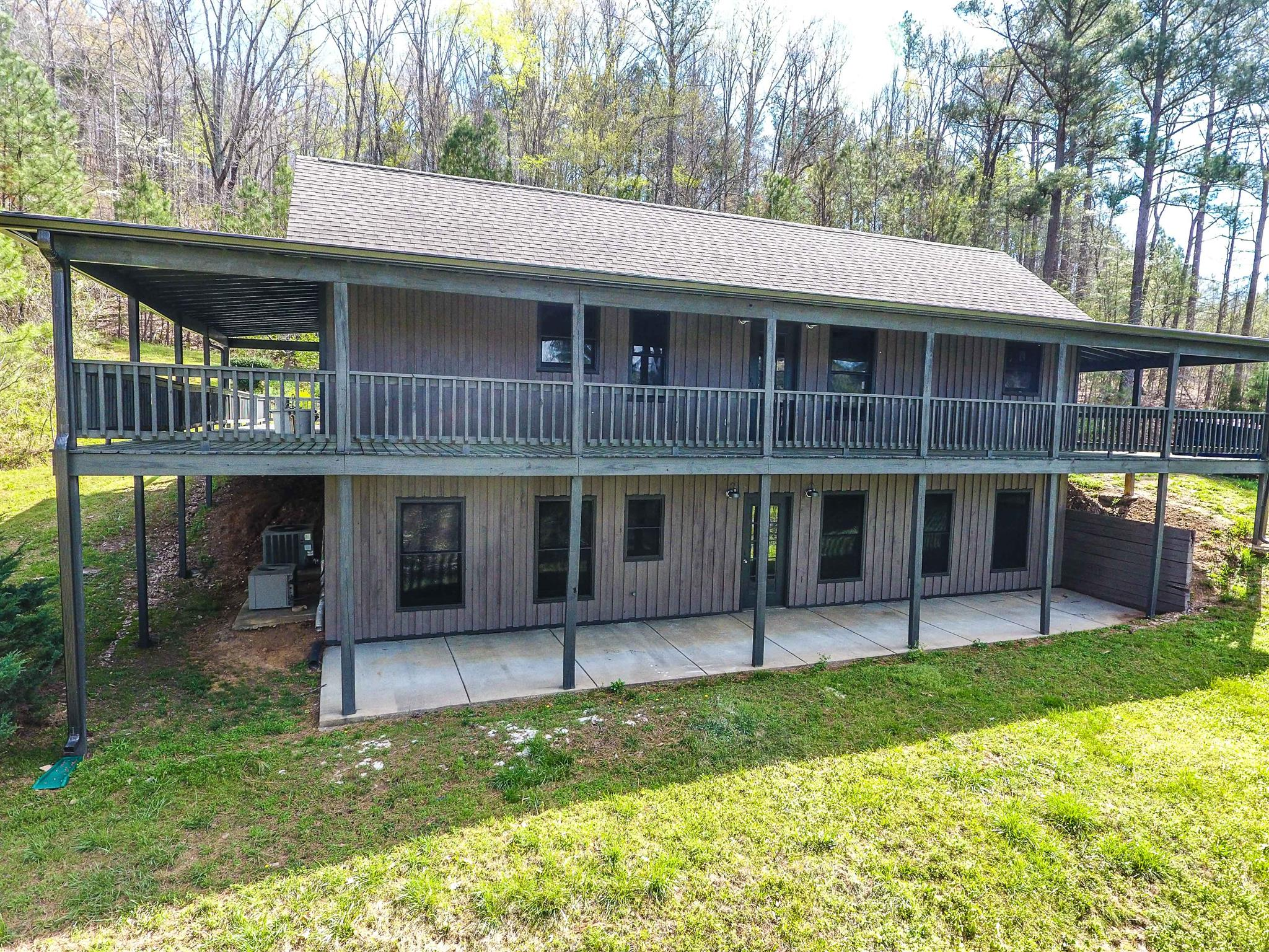 Photo of 1474 Centerville Hwy  Hohenwald  TN