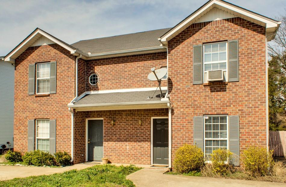 Photo of 1429 Middleborough Ct  Murfreesboro  TN