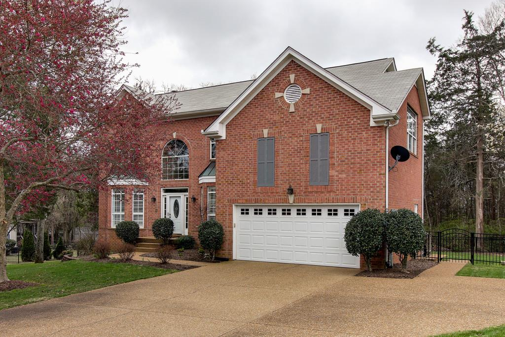 Photo of 1043 Willoughby Station Blvd  Mount Juliet  TN