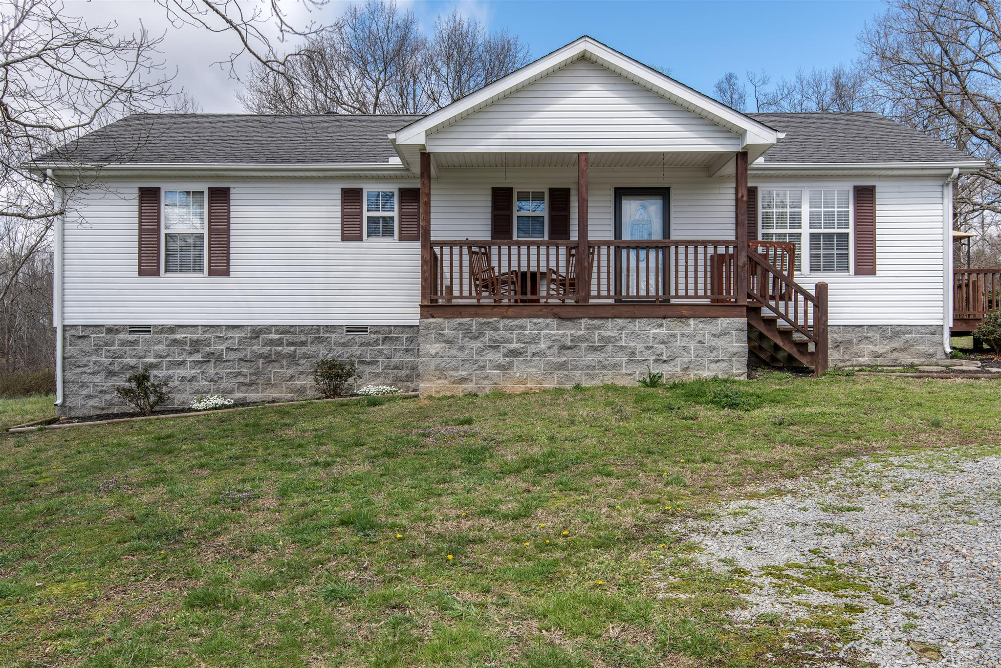 Photo of 1068 Glendale Rd  White Bluff  TN