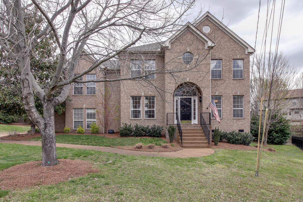 Photo of 108 Portsmouth Cv  Brentwood  TN