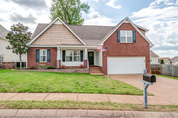 Photo of 1722 Freiburg Dr  Spring Hill  TN